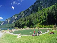 Lac-Montriond-Summer