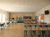Dining room, junior school (8-11 years)
