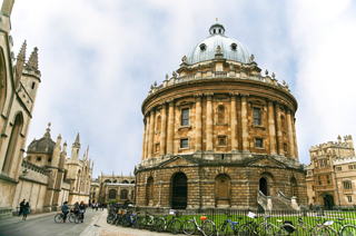 Картинки по запросу Оксфорд - Стратфорд на Ейвоні